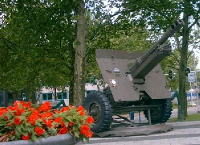 Arnhem - Airborne Monument