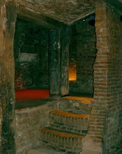 Arnhems historical cellars - Arnhem below the surface